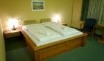 Táborhelyszínek, Eger Hotel U szoba 4