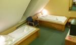 Táborhelyszínek, Eger Hotel U szoba 5
