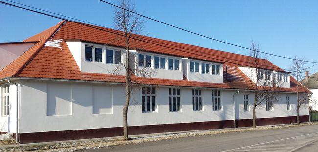 Táborhelyszínek Kőröshegy Ifjúsági Tábor épület