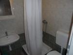 Táborhelyszínek Balatonalmádi turistaszálló fürdőszoba