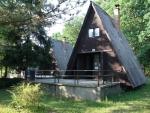 Táborhelyszínek Bodajk Ifjúsági Tábor alpesi faházak
