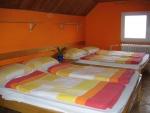 Táborhelyszínek Kőszeg Ifjúsági Tábor szoba 4