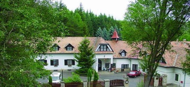 Táborhelyszínek Királyrét Hotel és Turistaszálló