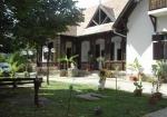 Táborhelyszínek - Révfülöp üdülőtábor épület és udvar