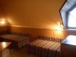 Táborhelyszínek - Révfülöp üdülőtábor szoba 3