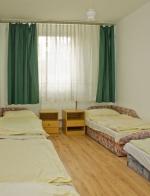 Táborhelyszínek Tata Hotel és Ifjúsági Tábor köépület szállás