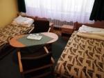 Táborhelyszínek Tata Ifjúsági Tábor kísérői szoba