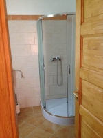 Táborhelyszínek, Kerecsend Ifjúsági Tábor 3 kívánság fürdőszoba