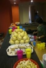 Táborhelyszínek - Mezőhegyes Ifjúsági Tábor készül a reggeli