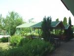 Táborhelyszínek, Siófok Ifjúsági Hotel, kerti kiülők, udvar