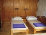 Táborhelyszínek, Sopron Ifjúsági Tábor, erdészház szoba