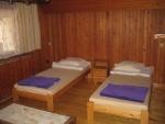Táborhelyszínek, Sopron Ifjúsági Tábor, erdészház szoba 2