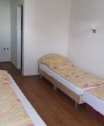 Táborhelyszínek, Balatonakarattya Panzió Tábor, 3 ágyas szoba
