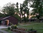 Táborhelyszínek, Velence Ifjúsági Tábor, faházak 2