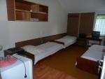 Táborhelyszínek Balatonalmádi turistaszálló 3 fős szoba 2