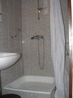 Táborhelyszínek, Sopron Ifjúsági Tábor, 4 ágyas fürdőszoba