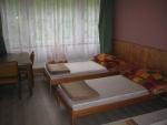 Táborhelyszínek, Sopron Ifjúsági Tábor, központ 4 ágyas szoba