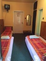 Táborhelyszínek, Balatonföldvár Panzió és Tábor, 3 ágyas szoba